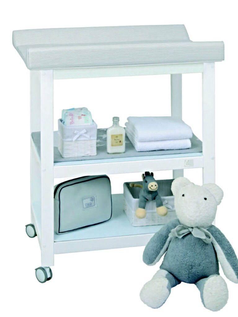 Mueble cambiador 2 estantes. Lacada blanco PERSONALIZADO