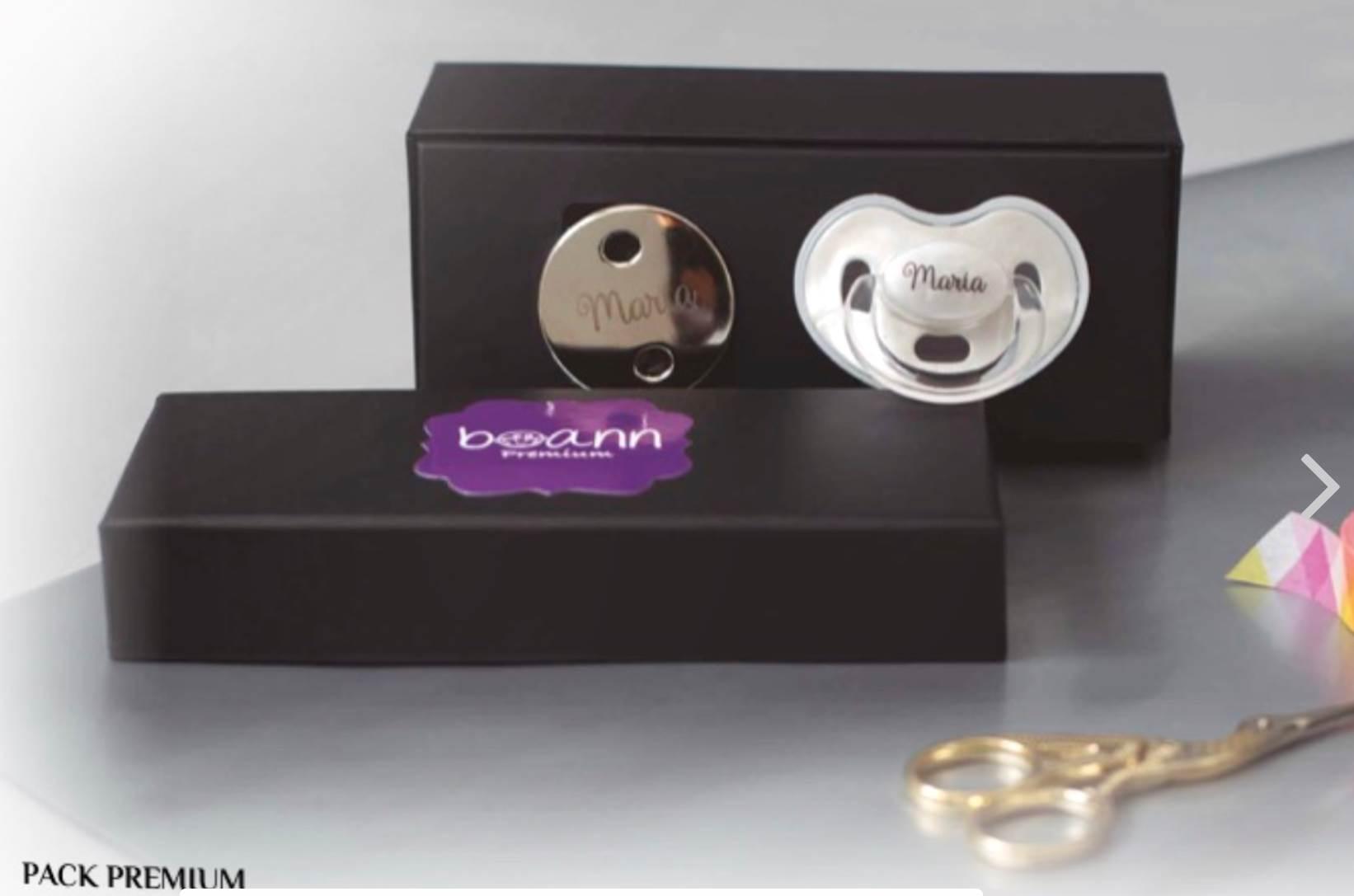 Packspremium chupete+cadena personalizado